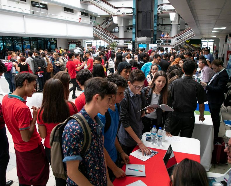 Costa Rica Grad Fair 2019-37