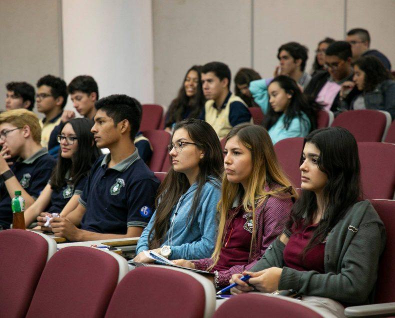 Costa Rica Grad Fair 2019-24