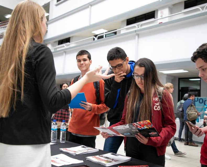 Costa Rica Grad Fair 2019-32
